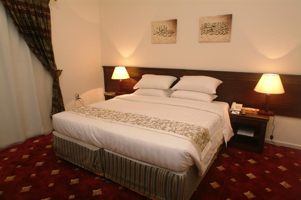 Cheapest umrah 10 night package